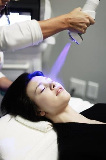 Fire-N-Ice facial therapy at LuxCryo